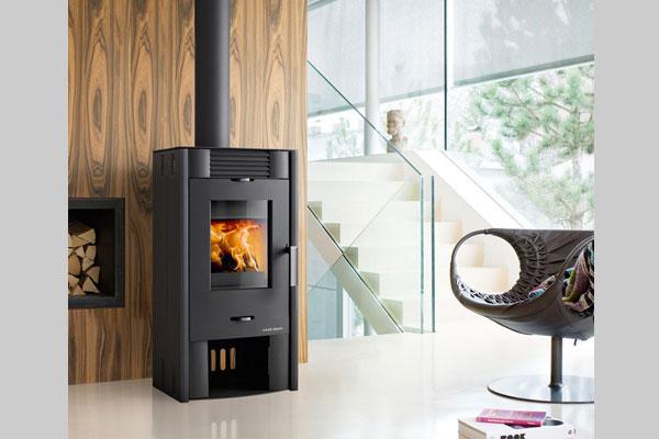 Ενεργειακή σόμπα ξύλου ANDRO χρώμα μαύρο