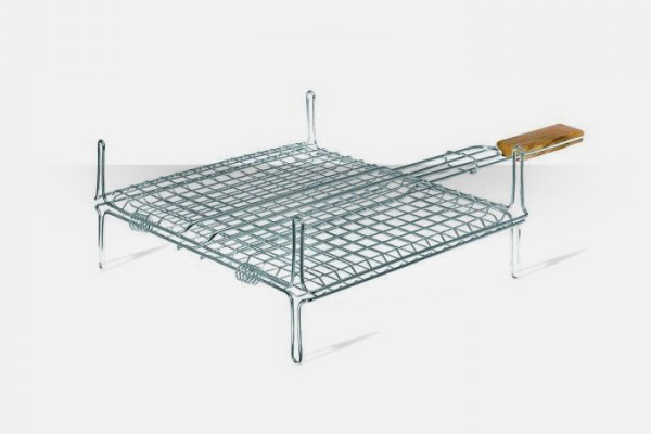 Chromium grills for barbecues with squares