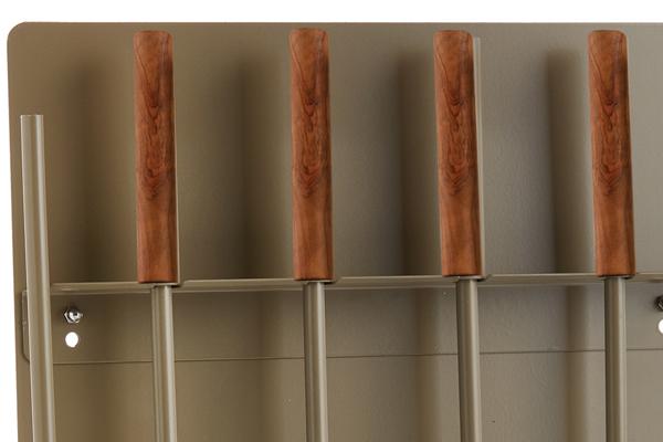 Κρεμανταλάς τζακιού 1240-W02 Ξύλο ελιάς / Καφέ ελιάς λεπτομέρεια